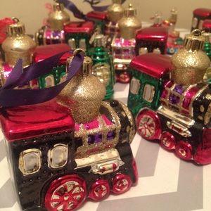 Accessories - Christmas Train ornament set- 16pc